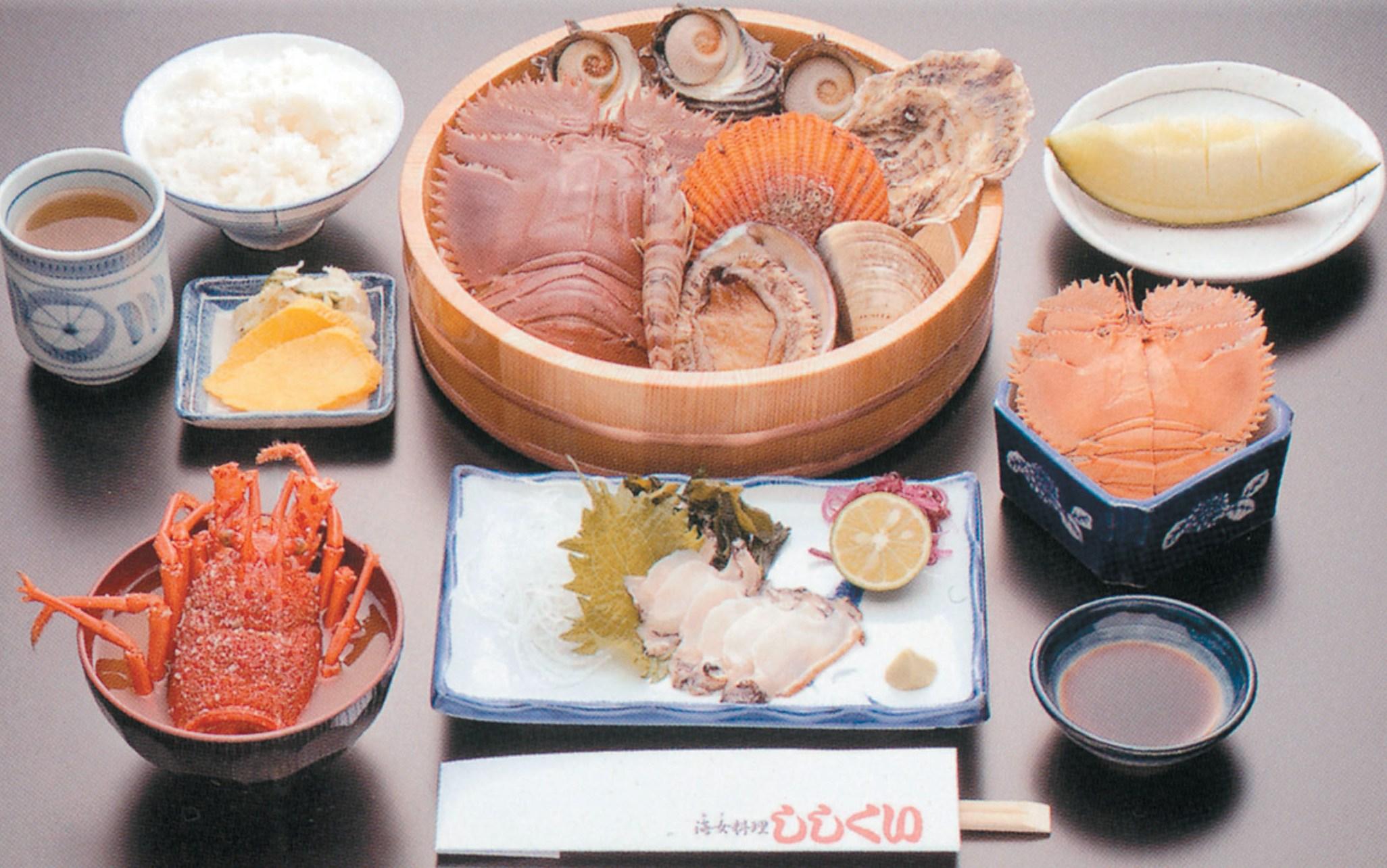 昼食(イメージ)