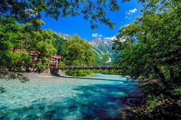 名古屋発 往復バスで行く 『上高地』 乗り換えなしで標高約1500m 日本屈指の山岳リゾートを気軽に日帰り自由散策