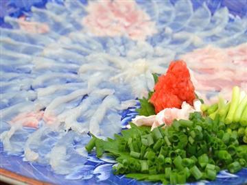 【大阪市内・京阪・八尾・堺発着】洲本温泉の名旅館で食す!本場淡路ブランド3年とらふぐ<添乗員同行>
