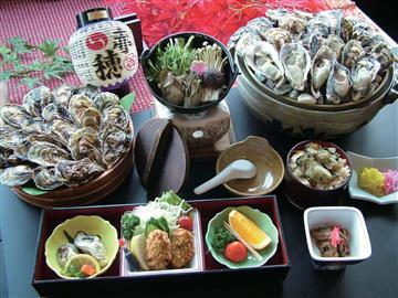<三宮・名谷・明石発> 毎年大好評☆坂越産かき鍋御膳と蒸し牡蠣食べ放題ツアー♪