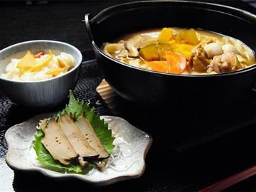 ★長寿村権六でご当地グルメの昼食