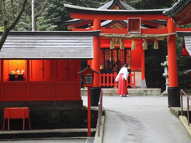 九頭竜神社鳥居 ※イメージ