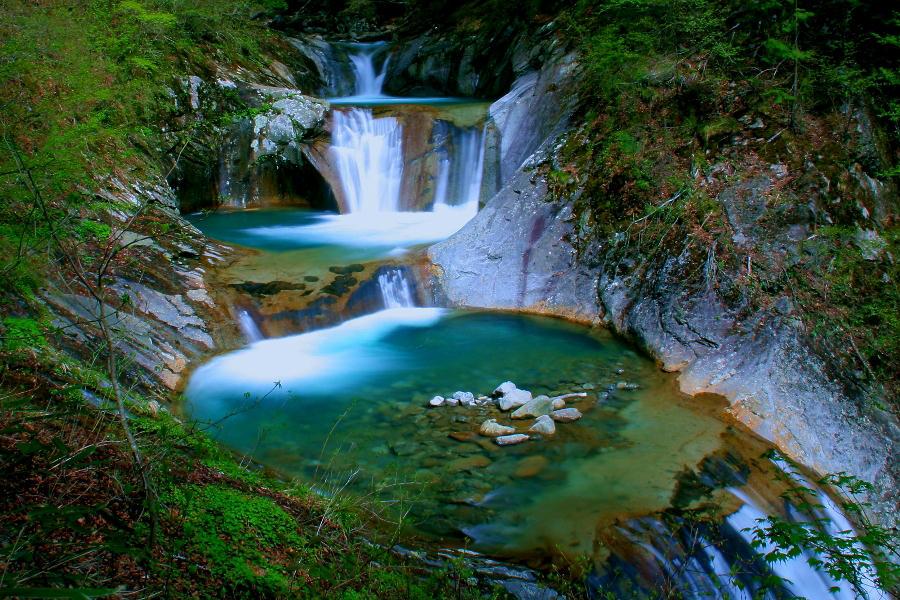 西沢渓谷 七ツ釜五段の滝 ※イメージ