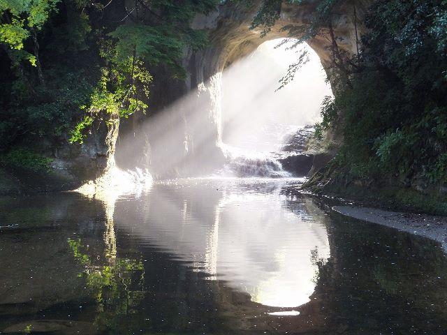 濃溝の滝 ※イメージ