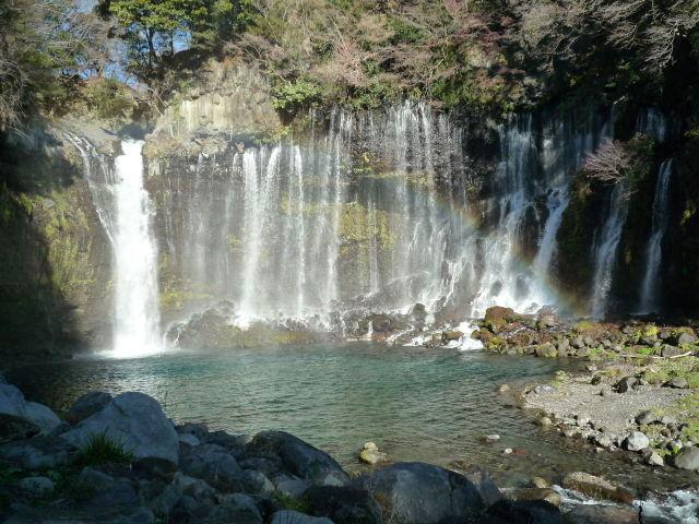 白糸の滝 富士市観光協会提供