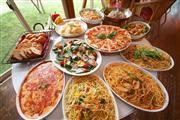 昼食:いちごの里 イタリアンブッフェ ※イメージ